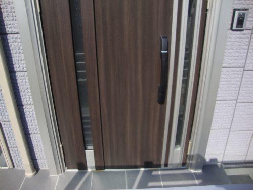 キーレスタイプの玄関ドア