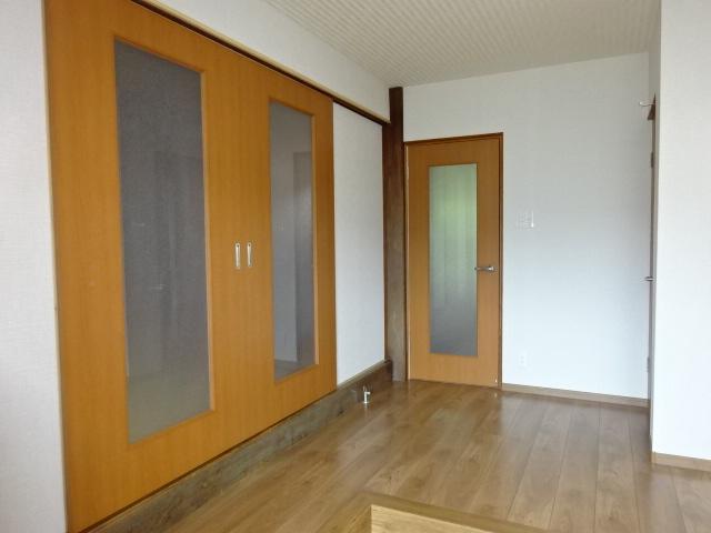 アクリル板の扉
