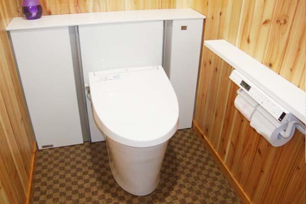 収納力のあるトイレ