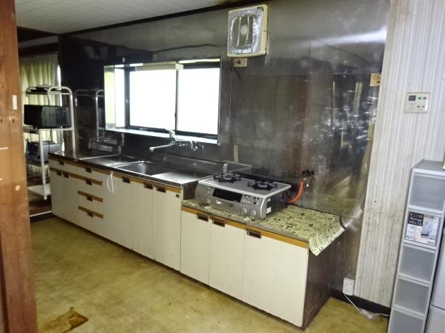 旧家のキッチン