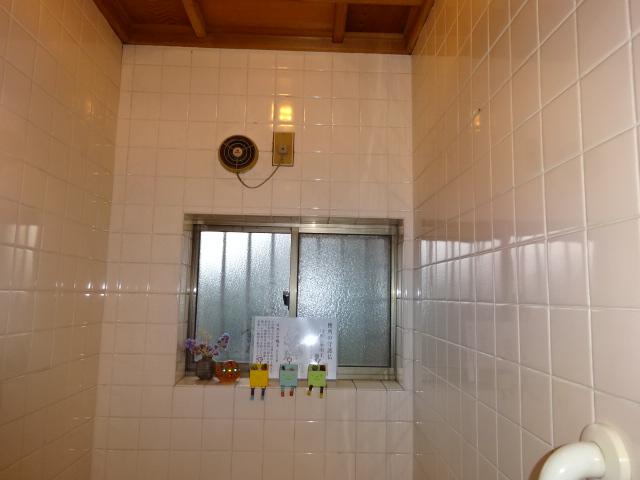 風呂場のサッシ